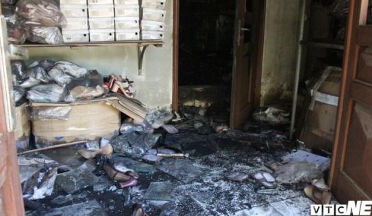 Hàng chục người mắc kẹt trong hỏa hoạn ở Hà Nội: Lối thoát hiểm bị nhiều người chiếm dụng làm kho để đồ