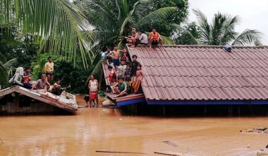 Vụ vỡ đập thủy điện Lào: Đã nứt một ngày trước khi vỡ