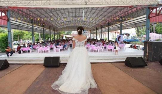 Hy hữu: Nhà gái cầu xin người khác đóng vai hôn thê vì chú rể chạy trốn trước đám cưới
