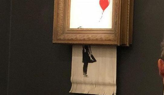 Chuyện lạ: Tác phẩm nghệ thuật trị giá 1,1 triệu USD đã tự hủy ngay sau phiên đấu giá