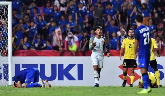 Trùng hợp kỳ lạ: 8 năm trước, HLV Thái Lan cũng từng 'chết' vì quả penalty hỏng ăn