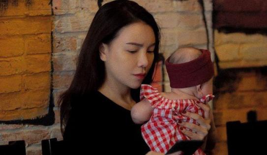 Nóng: Trà Ngọc Hằng bí mật sinh con được 4 tháng