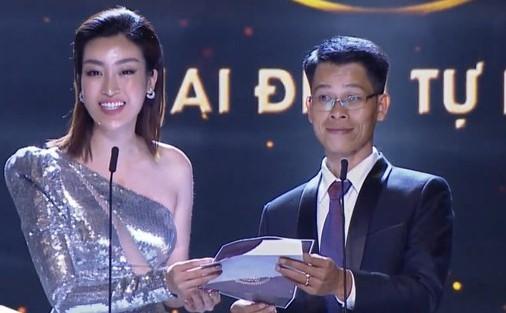 Hoa hậu Mỹ Linh gặp sự cố nhớ đời trên sóng trực tiếp vì nhầm giới tính Hà Anh Tuấn