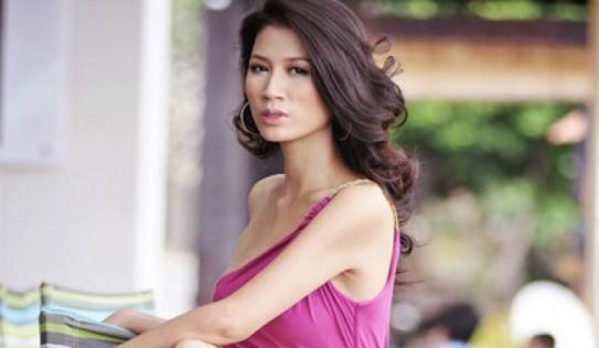 Nóng tính như Trang Trần, đến tận nhà dằn mặt 'anh hùng bàn phím'
