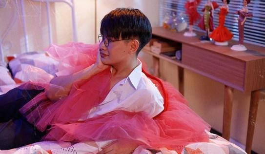 Đào Bá Lộc bị đồng nghiệp cười cợt và kỳ thị về giới tính