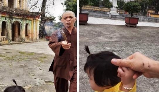 Sư trụ trì cầm hương cháy dở xua đuổi 2 mẹ con khách đến chụp ảnh: Có thể tẩn xuất nếu không sám hối nghiêm túc
