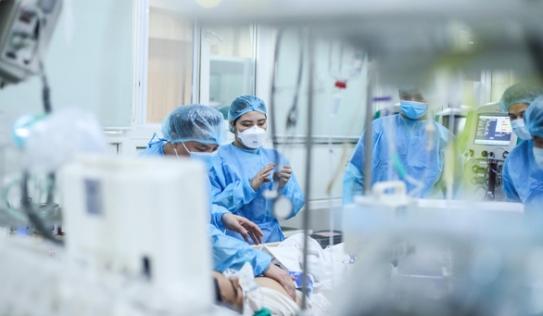 Yêu cầu các bệnh viện tạm dừng hợp đồng với Cty Trường Sinh