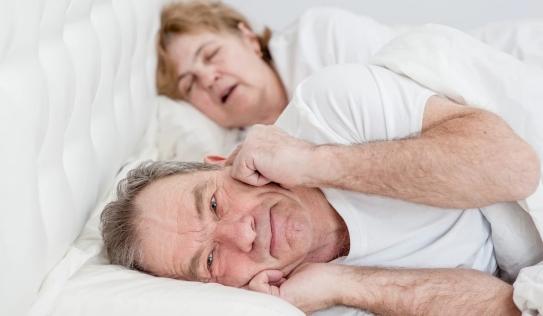 Trị dứt điểm ngủ ngáy bằng 8 mẹo nhỏ