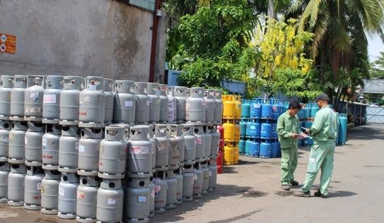 Giá gas tăng mạnh 34.000 đồng/bình 12kg từ 1/5