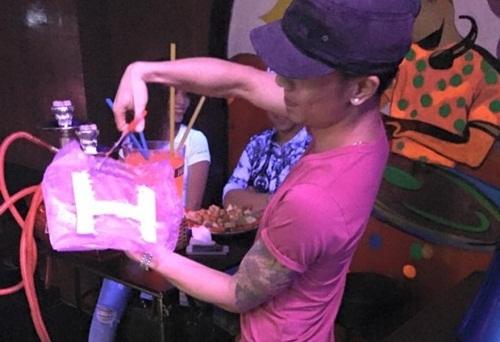 Kenny Sang gây xôn xao dư luận khi cắt nát túi 'Hermes 500 tỷ'