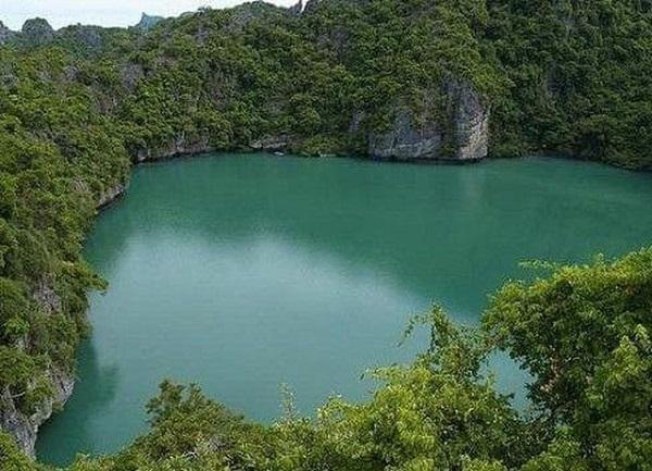 Bí ẩn 'hồ ma' rộng 3.000m2 bỗng biến mất không một dấu vết sau 1 đêm 1