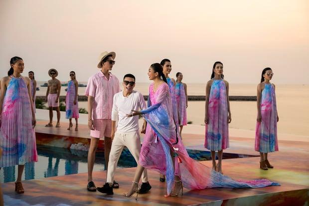 Fashion Voyage kết thúc đầy ấn tượng với BST Daydreamer của NTK Adrian Anh Tuấn 1