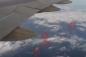 Vật thể bay lạ theo đuôi máy bay từ Canada về Đài Loan