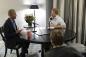 Cuộc phỏng vấn hóm hỉnh giữa cựu Tổng thống Obama và hoàng tử Anh Harry