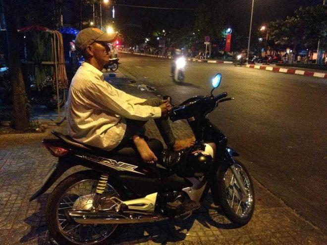 Lời thú nhận của của tài xế xe ôm khiến dân mạng nghẹn ngào 1