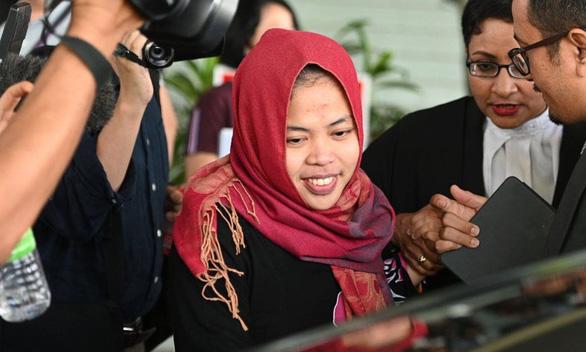 Đoàn Thị Hương bị sốc khi tòa hủy cáo buộc giết người của bị cáo Indonesia 2