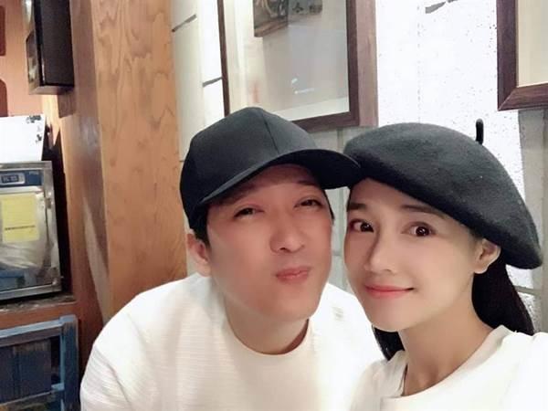 Sao Việt phải ngả mũ trước mặt mộc vợ chồng Nhã Phương - Trường Giang  1