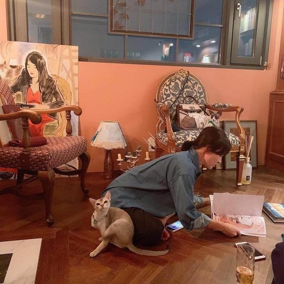 Lộ ảnh nghi vấn Song Hye Kyo đang mang thai với Song Joong Ki 1