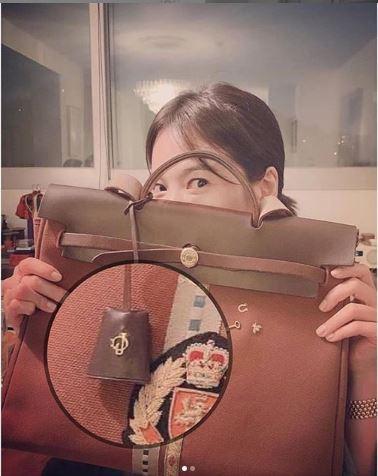 Lộ ảnh nghi vấn Song Hye Kyo đang mang thai với Song Joong Ki 4