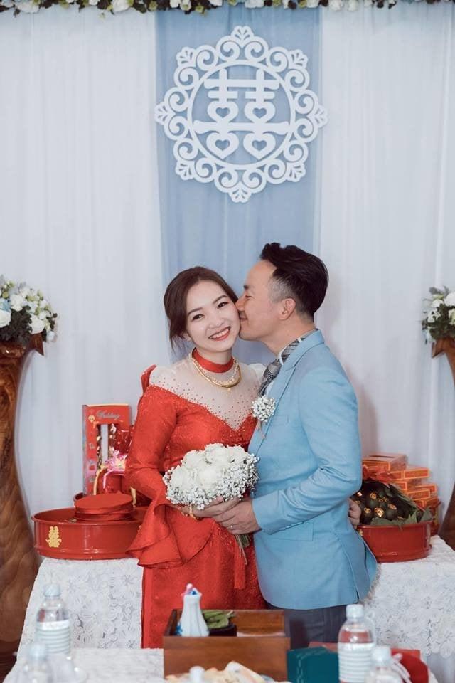 Vợ hot girl của Tiến Đạt xác nhận mang thai 1