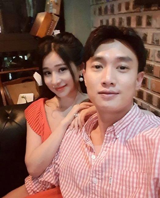 Quốc Trường lộ ảnh tình cảm bên vợ cũ Hồ Quang Hiếu 1