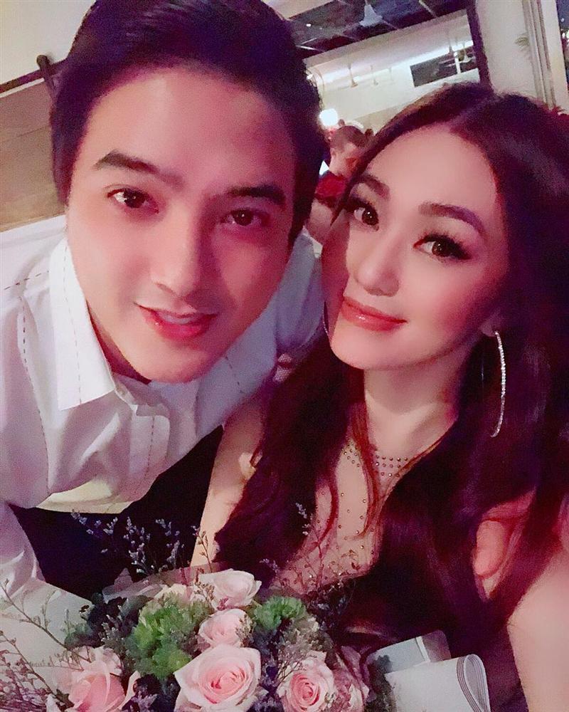 Tình cũ Trường Giang khiến fan 'mắt tròn mắt dẹt' vì ảnh tình tứ bên bạn trai 3