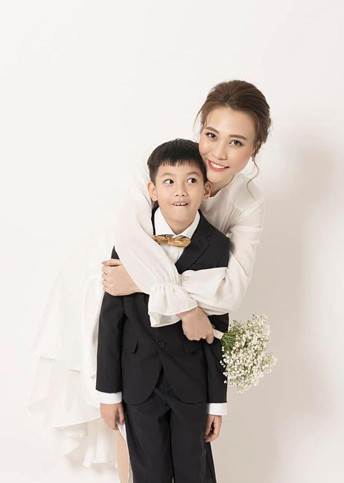 Subeo bảnh bao chụp ảnh cưới cùng Cường đô la, Đàm Thu Trang 1