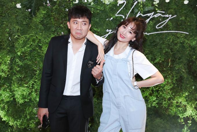 Trấn Thành 'hộ tống' Hari Won đến ủng hộ 'tình cũ' ra mắt phim 2