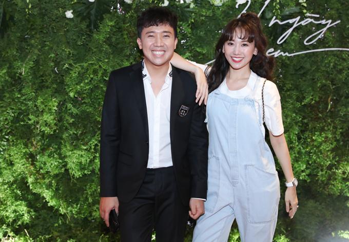 Trấn Thành 'hộ tống' Hari Won đến ủng hộ 'tình cũ' ra mắt phim 3