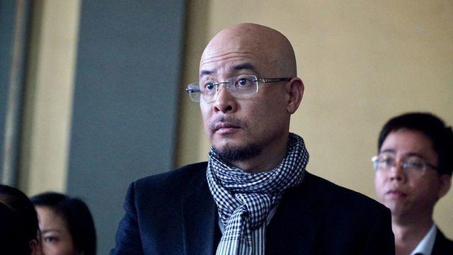 'Trợ thủ' đắc lực của ông Đặng Lê Nguyên Vũ gặp sự cố trước phiên sơ thẩm 3