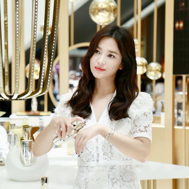 Bố Song Hye Kyo không thể im lặng, tiết lộ bất ngờ về vụ ly hôn 2