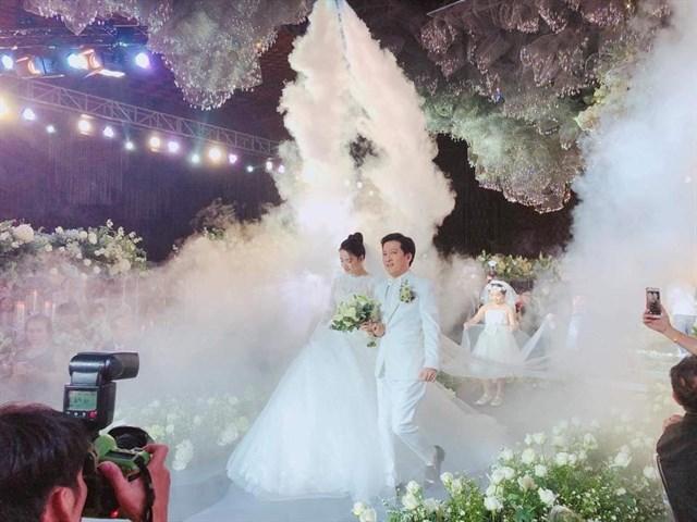 Điểm chung bất ngờ giữa đám cưới Trường Giang và đám cưới Cường đô la 1