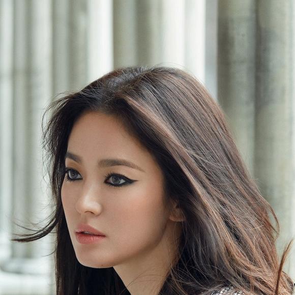 Song Hye Kyo biến thành người khác lạ nhờ lối make-up 'lột xác' 2
