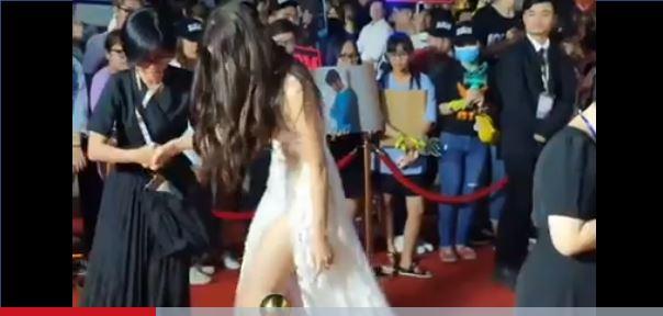 Hoa hậu Lương Thùy Linh gặp sự cố vấp ngã trên thảm đỏ nhưng phản ứng mới bất ngờ 2