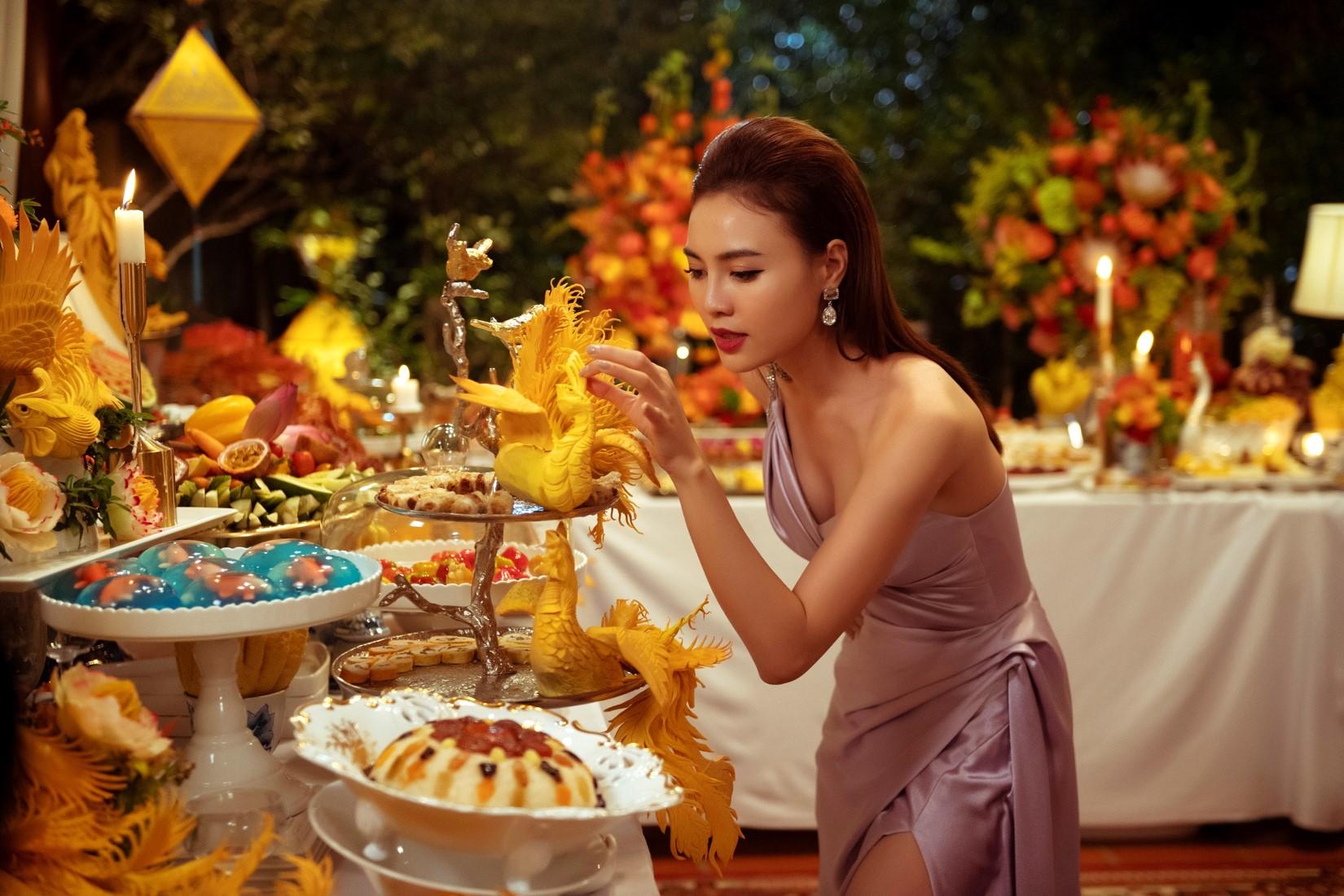 Ninh Dương Lan Ngọc 'sốc nặng' với bữa ăn 5 tỷ đồng: Thực đơn toàn sơn hào hải vị 1