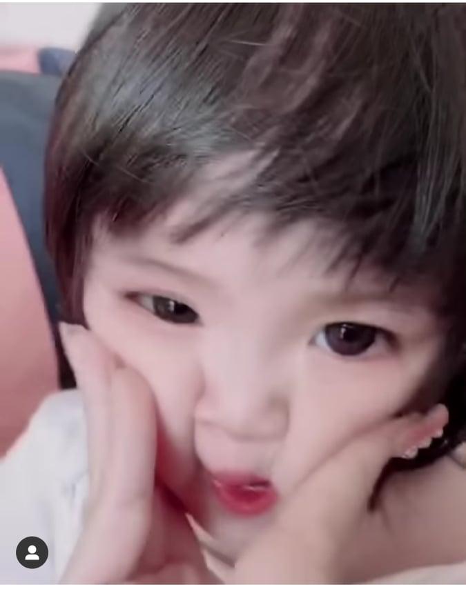 Vợ của 'con trai' Hoài Linh phản ứng gắt khi bị nhắc nhở về cách chăm con 1