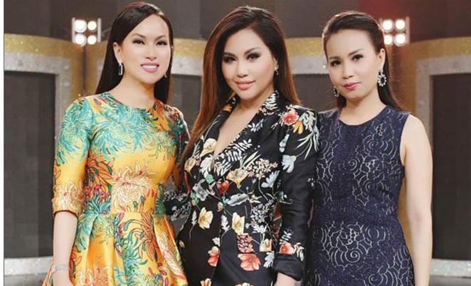 Em gái tỷ phú Cẩm Ly lần hiếm hoi khoe mẹ: Ai cũng trầm trồ vì trẻ như chị em 4