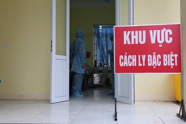 Covid-19: Nam thanh niên vượt biên từ Trung Quốc về Việt Nam bị ho, sốt 1