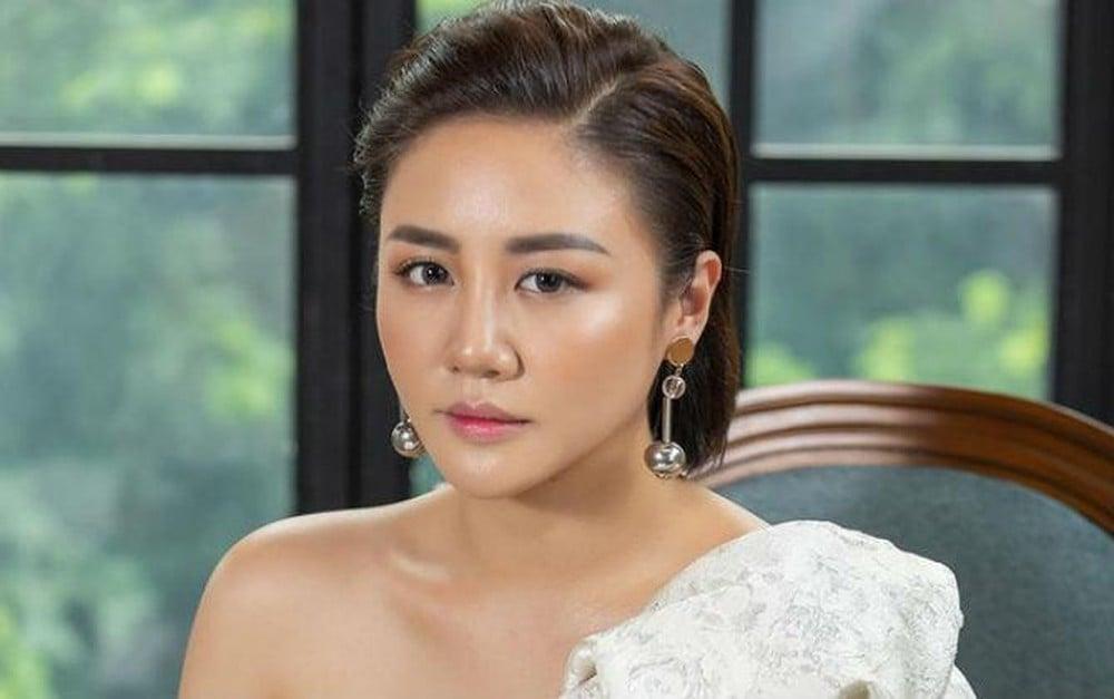 Văn Mai Hương than thở vì gặp vận đen sau ồn ào lộ clip tại nhà riêng 2