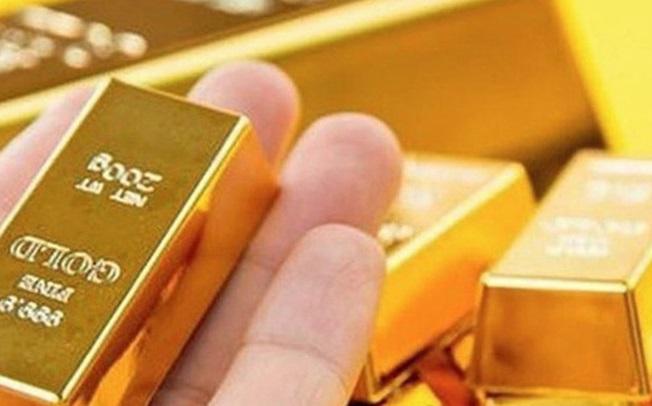 Tin tức kinh doanh 24h: Nhà đầu tư mạnh tay mua vàng, Tăng chuyến bay 1