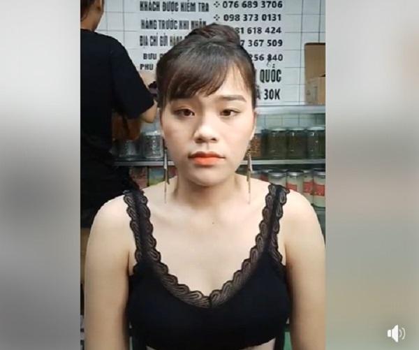 Cô gái được Ngô Kiến Huy 'nâng đỡ', diện đồ thiếu vải livestream gây tranh cãi 3