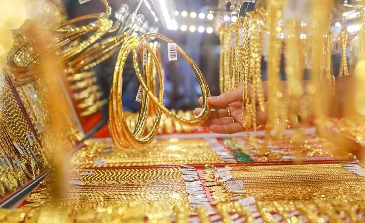 Tin tức kinh doanh hot nhất ngày 2/10: Giá vàng phi mã, Phạm Nhật Vượng tung 'chiến binh' đắt giá chưa từng thấy 1