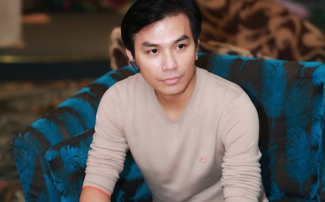 Người bị nghi là bố của con gái Phi Nhung khiến dân mạng 'đứng ngồi không yên' vì quyết định hiếm thấy 4