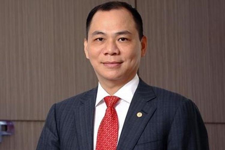 Tin tức kinh doanh hot nhất ngày 2/11: Giá vàng lao dốc, Ông Phạm Nhật Vượng nhận tin vui tạo 'cơn địa chấn' 2