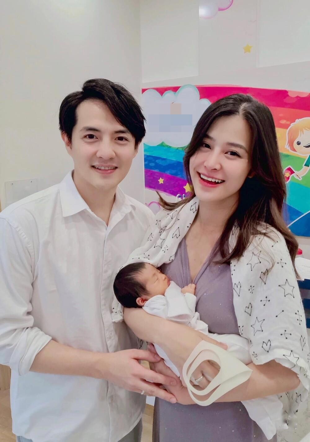 6 'cậu ấm cô chiêu' nhà sao Việt sinh năm 2020 vừa chào đời đã ở vạch đích: 'Trùm cuối' mới hoành tráng 3