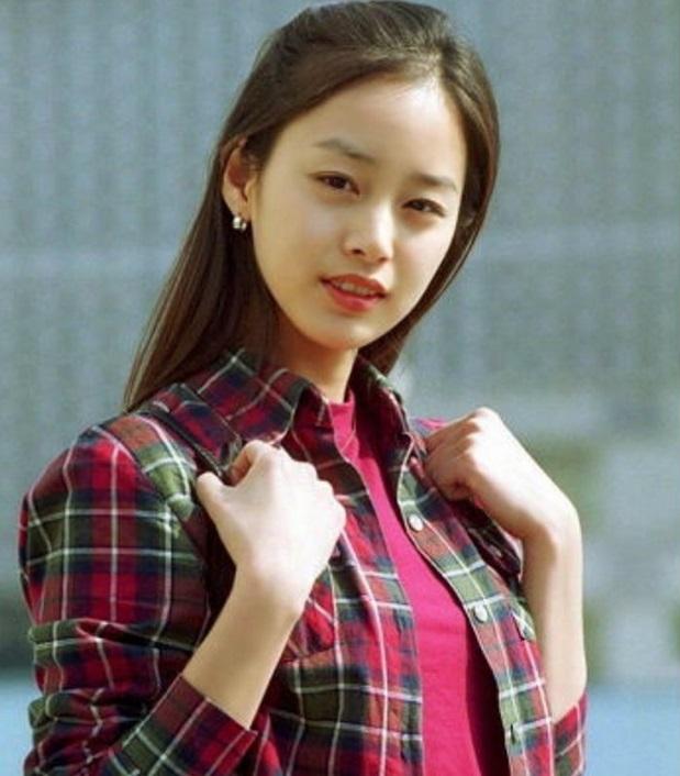 جدیدترین عکسهای کیم ته هی فاش شد: زیبایی سزاوار عنوان