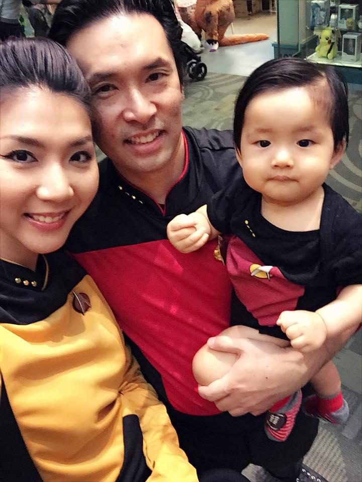 نگوک کوئین که از همان سرنوشت Nhat Kim Anh برخوردار است ، از دریافت حضانت شوهر سابق خود رنج می برد 3