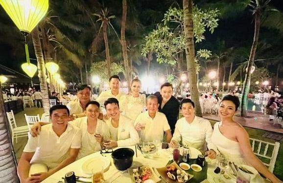 Khoảnh khắc hot MXH: Quang Dũng vui vẻ bên vợ cũ Jennifer Phạm và tình cũ Thanh Thảo 2
