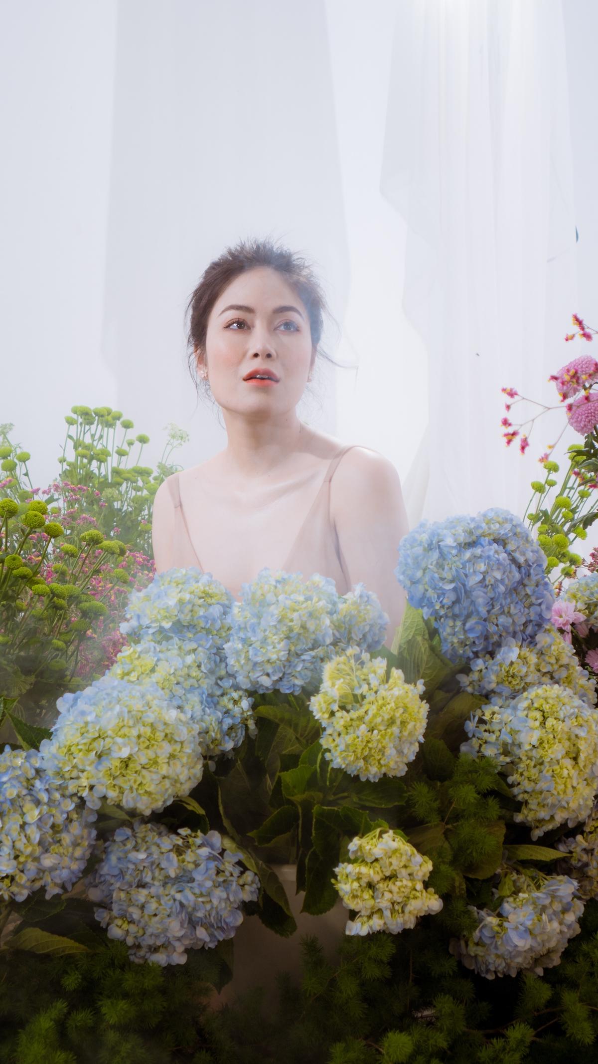 Sao Mai Phạm Tuyết Nga khoe vẻ đẹp vạn người mê trong MV mới 4