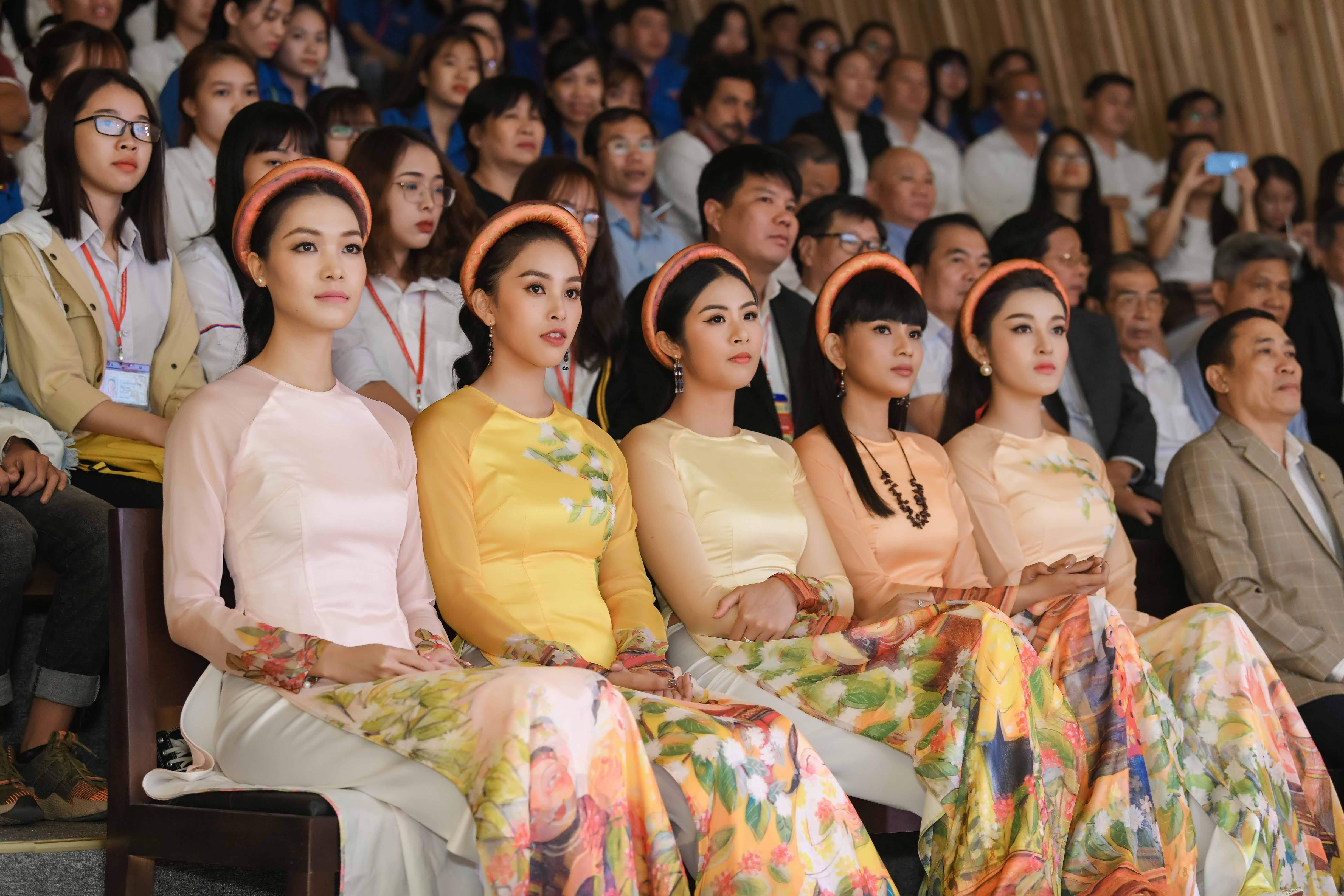 Hoa hậu Thùy Dung tái xuất, ngỡ ngàng nhan sắc sau 10 năm đăng quang 7
